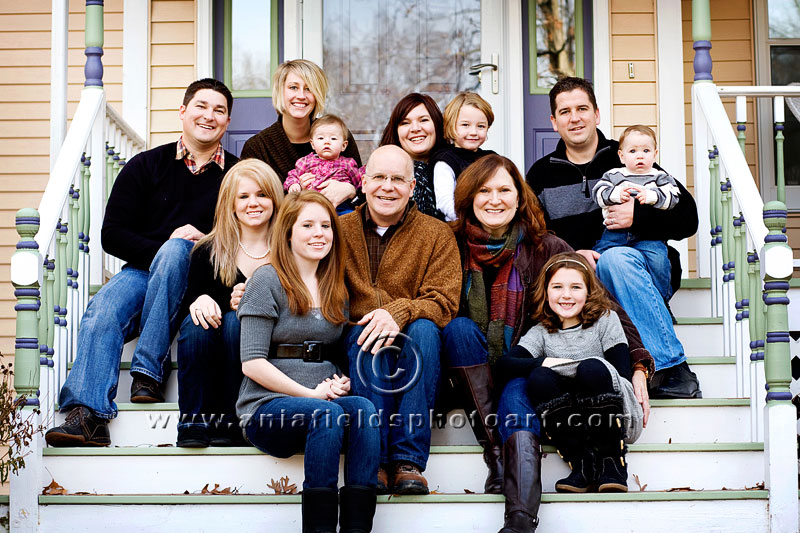 Click here for more extended family portraits