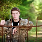outdoor senior portraits