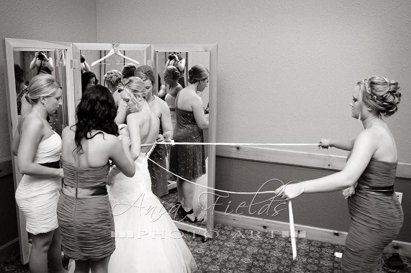 Glacier_Canyon_Lodge_wedding_Wisconsin_Dells_03