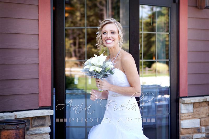 Glacier_Canyon_wedding_Wisconsin_Dells_08
