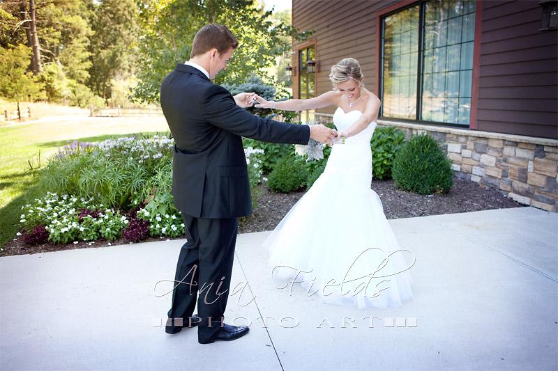 Glacier_Canyon_Lodge_wedding_Wisconsin_Dells_09