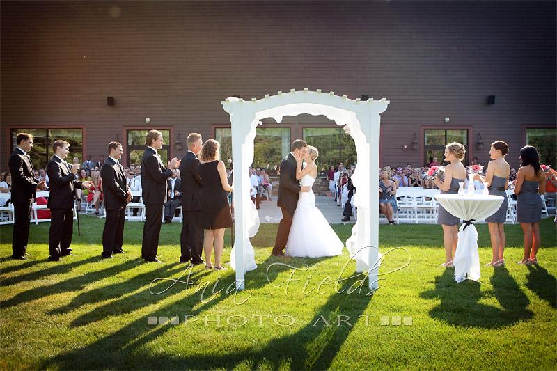 Wilderness_Resort_Glacier_Canyon_lodge_wedding_Wisconsin_Dells_19