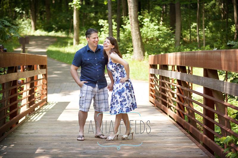 summer-engagement-photos