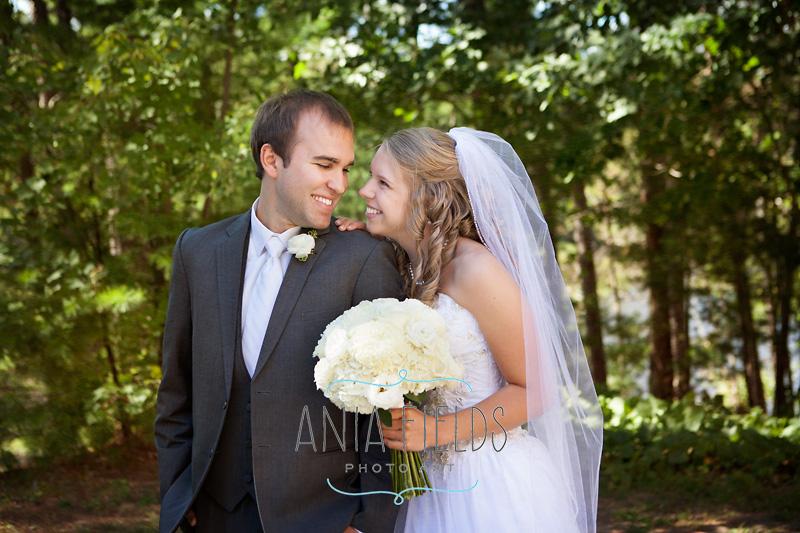 Chula-Vista-wedding-Wisconsin-Dells_12