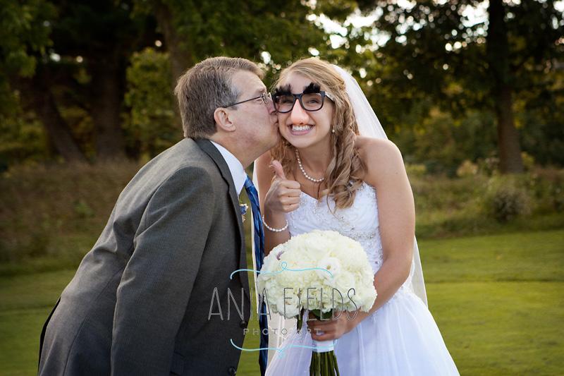 Chula-Vista-wedding-Wisconsin-Dells_14