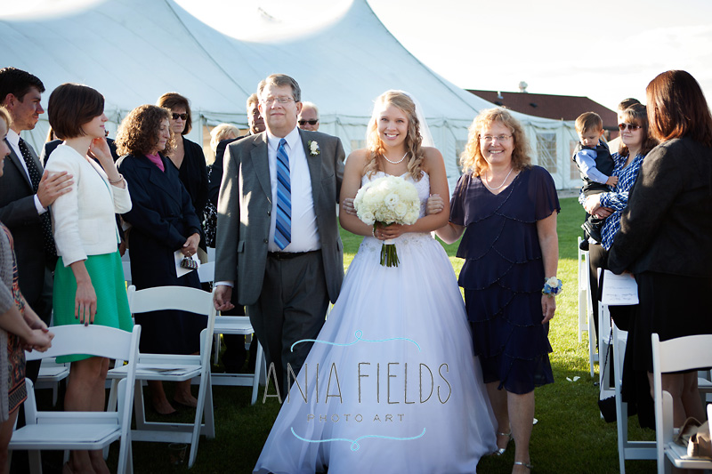 Chula-Vista-wedding-Wisconsin-Dells_17