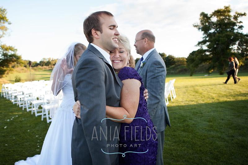 Chula-Vista-wedding-Wisconsin-Dells_22