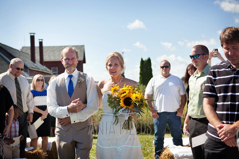 bride with dad