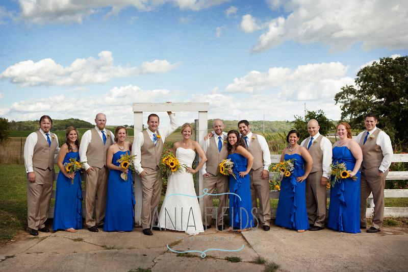 farm wedding party photos