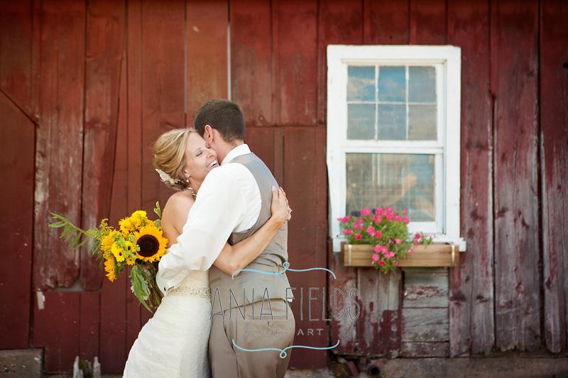 Wisconsin-farm-wedding_18