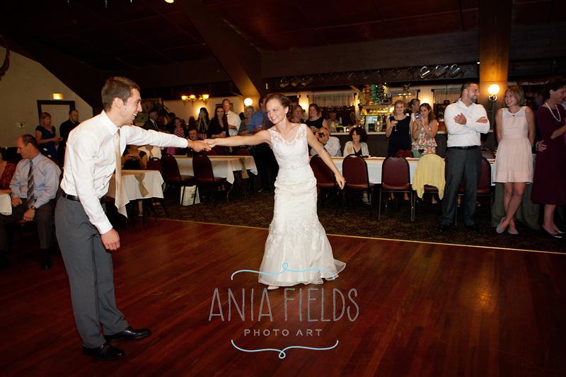 Dorf-Haus-Roxbury-wedding