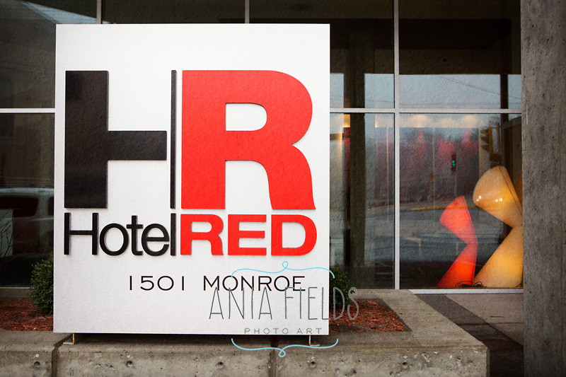 Hotel-Red-wedding_05