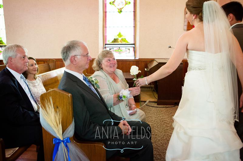 1-Wisconsin-country-church-wedding-Sauk-Prairie_14