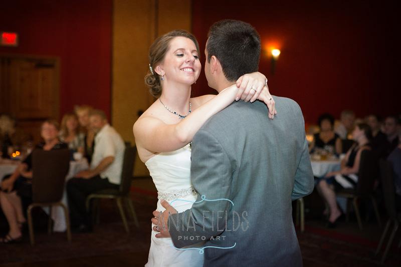 2-Wilderness-resort-wedding-Wisconsin-Dells_04