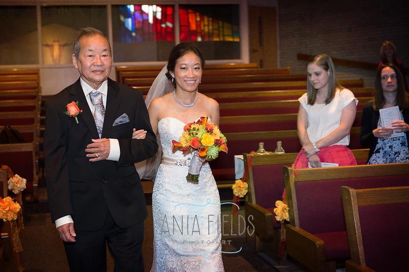 The-Legend-at-Bergamont-wedding-Oregon-WI_01