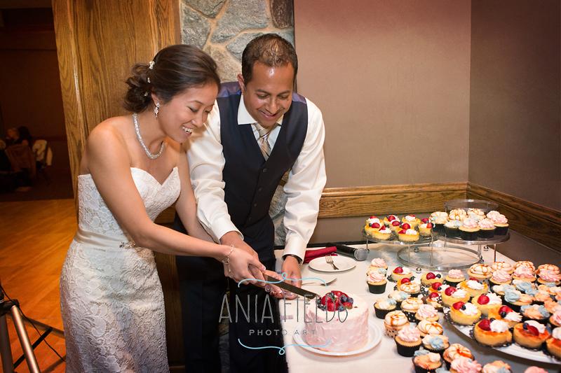 The-Legend-at-Bergamont-wedding-Oregon-WI_27