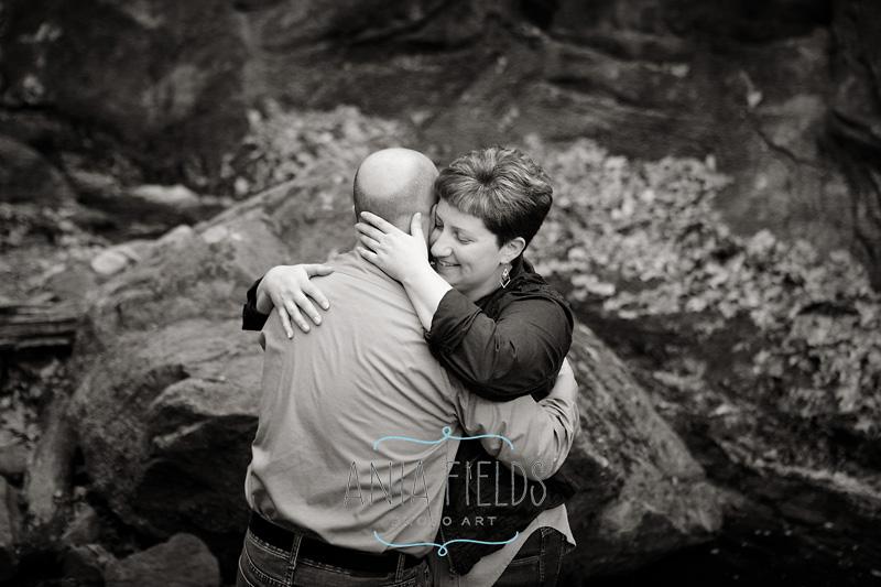 Couples photos at Parfrey's Glen