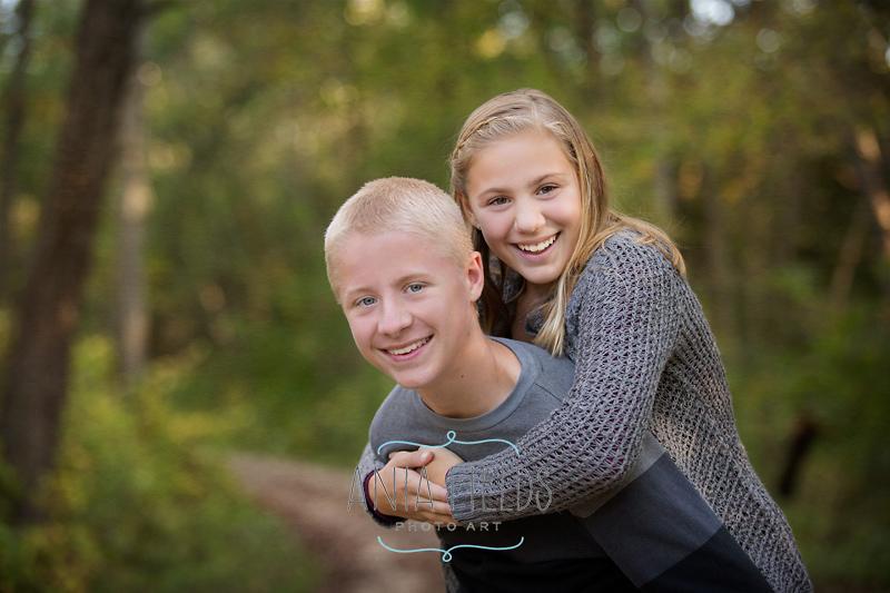 fun sibling portrait