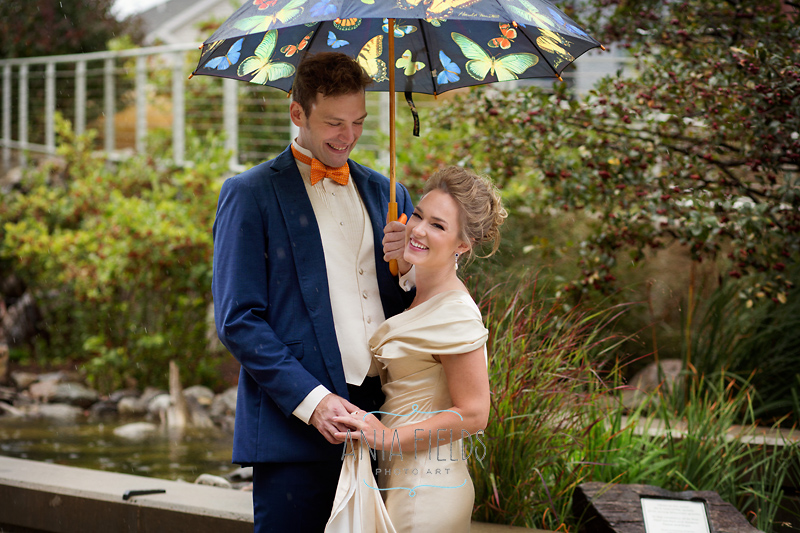 rainy day wedding portraits Madison WI