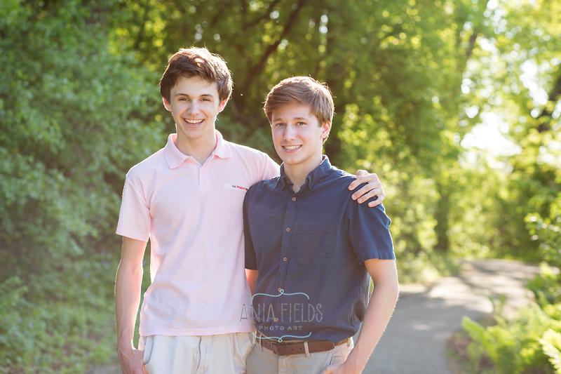 teen brothers photo